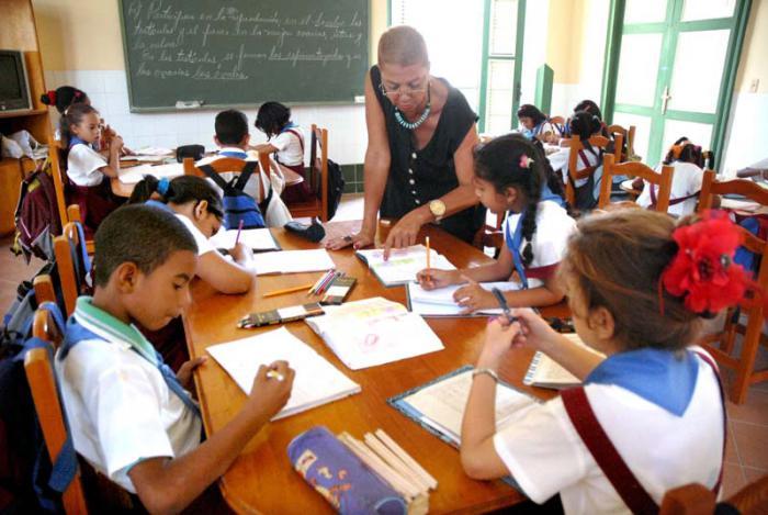 Educadores camagüeyanos por  prácticas pedagógicas más efectivas en nuevo curso escolar