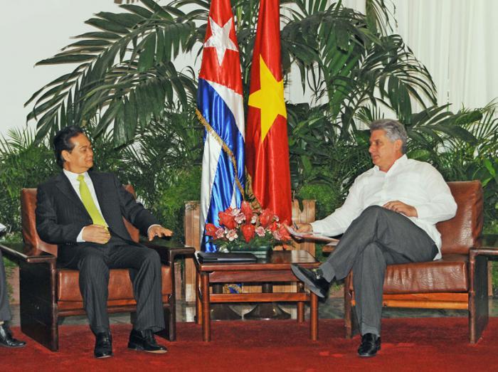 Vicepresidente cubano recibe a Primer Ministro de Vietnam