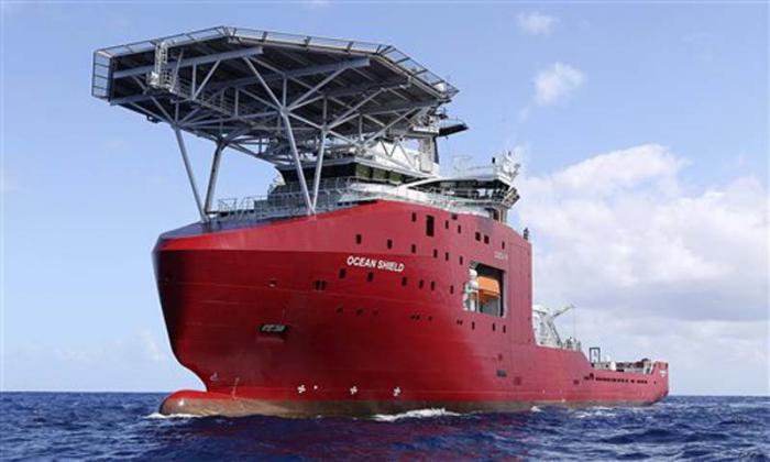 Captan en océano Índico posible señal de caja negra del avión malasio