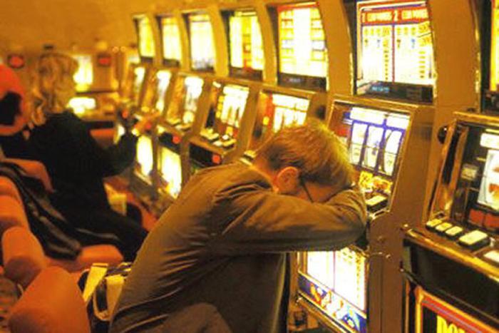 Expertos explican las causas de la adicción al juego › Salud ...