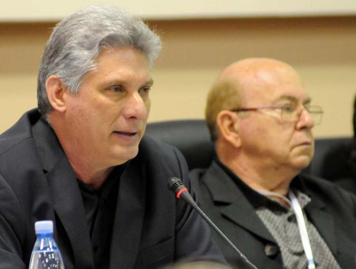 Preside Díaz-Canel debates en última jornada del Congreso de la UNEAC