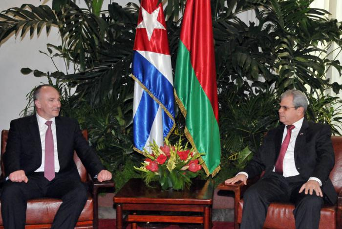 Secretario del Consejo de Estado cubano y Fiscal General bielorruso cumplimentan cooperación bilateral