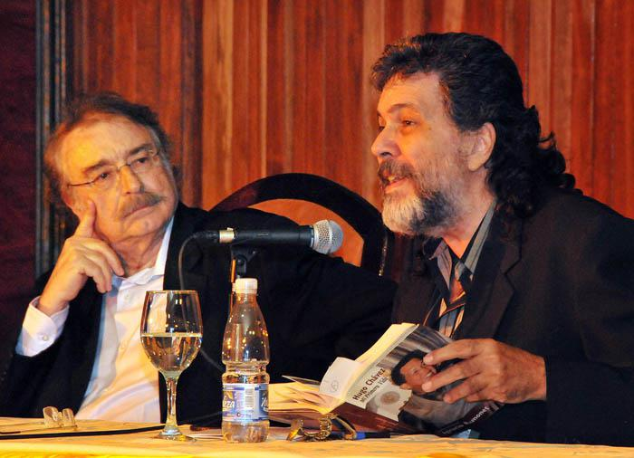 Revelan detalles de edición cubana de libro de Ignacio Ramonet sobre Hugo Chávez.