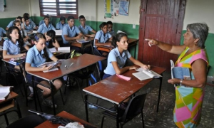 Incrementan preparación estudiantes cubanos de preuniversitario