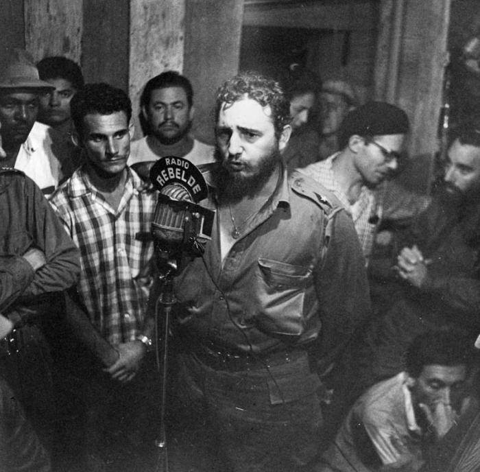 Reconocen importancia dada por Fidel a la Radio en Cuba