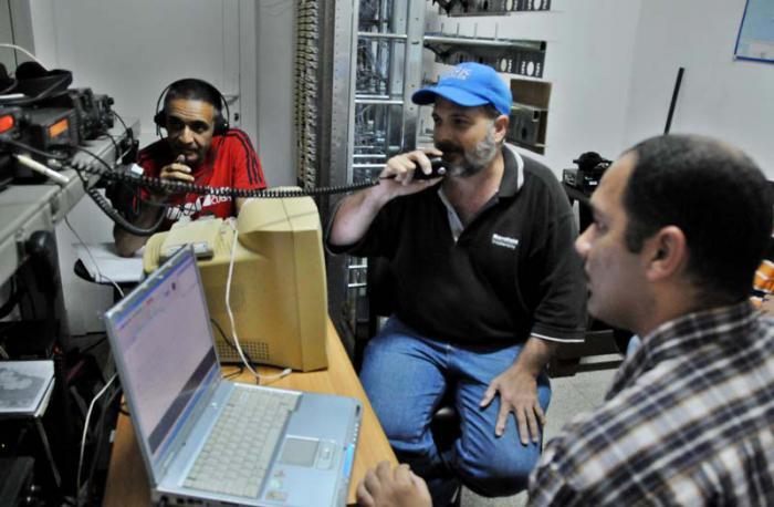 Apoyarán radioaficionados de Cuba elecciones del Poder Popular