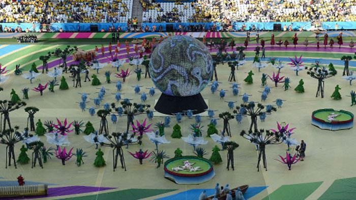 Brasil 2014 abre su fiesta.