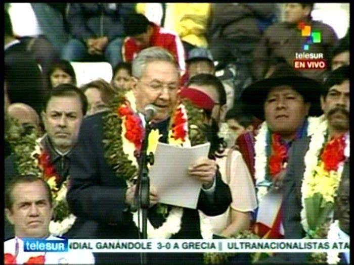 Llama Raúl Castro en Bolivia a construir la Patria Grande y defender la unidad