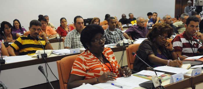 Llaman a un mejor aprovechamiento del presupuesto del Estado cubano