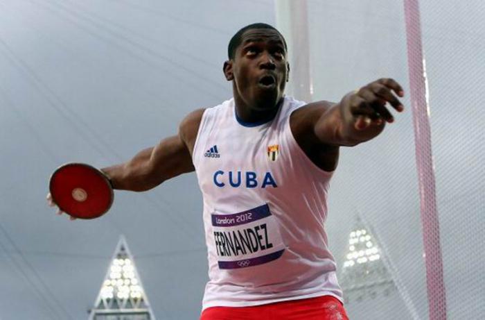 Con su mejor marca del año, discóbolo cubano Jorge Fernández gana plata