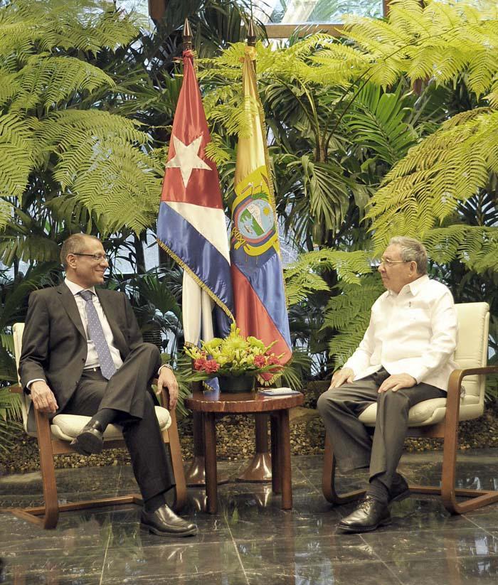 Recibió Raúl al Vicepresidente de Ecuador