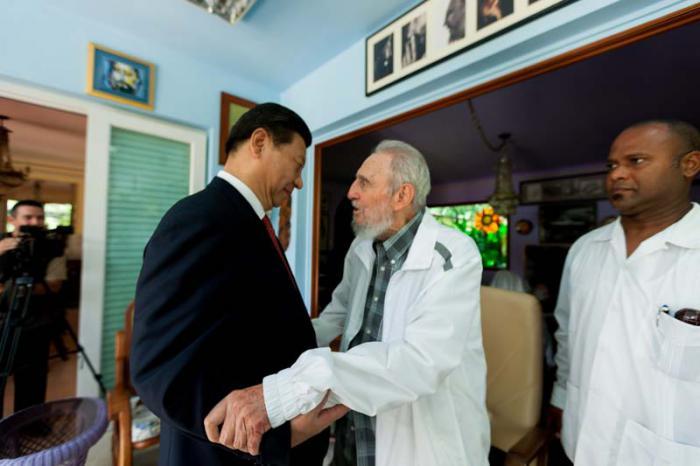 Fidel a reçu le Président de la République populaire de Chine