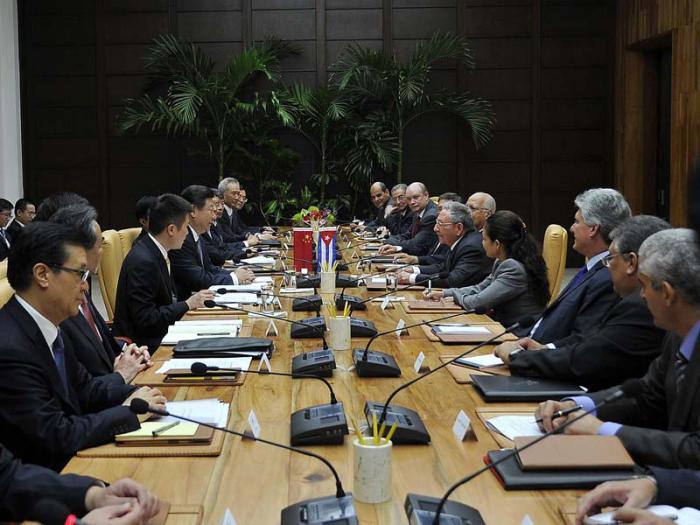 Raul et Xi Jinping ont tenu des entretiens officiels