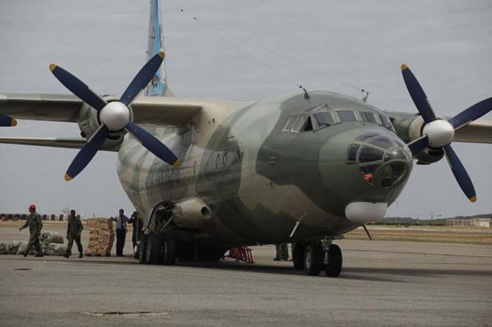 El avión con el cargamento de ayuda humanitaria partió este martes desde Venezuela rumbo a Egipto. FOTO: AVN