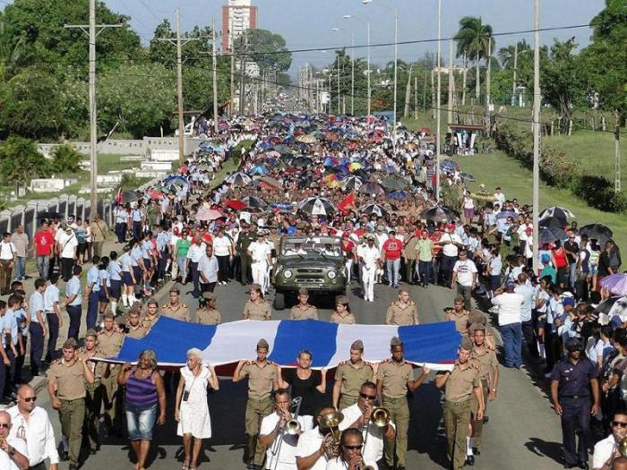 Cienfuegos honró a los héroes y mártires del 5 de Septiembre