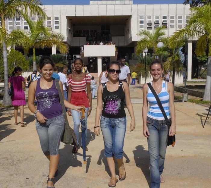 Universidad Más Que Agropecuaria Cuba Granma órgano Oficial
