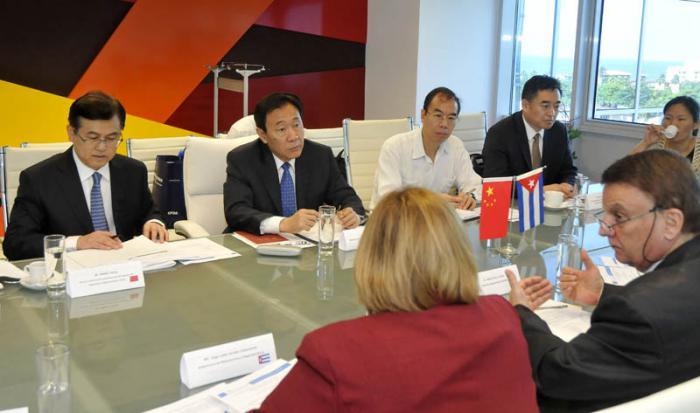 Cuba y China afianzan colaboración en salud y biotecnología