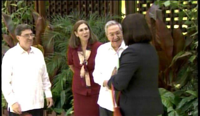 Raúl Castro recibe a mandatarios que asisten a Cumbre ALBA-TCP