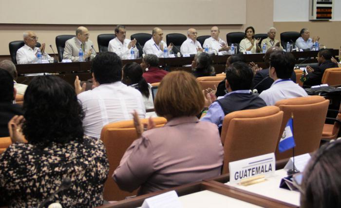 Finaliza hoy reunión técnica para la prevención y enfrentamiento al ébola