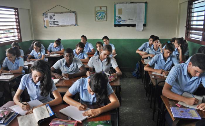 Anuncian en Cuba cambios en sistema de evaluación escolar
