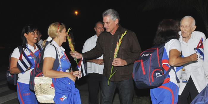 Primer vicepresidente cubano recibe a campeones centroamericanos