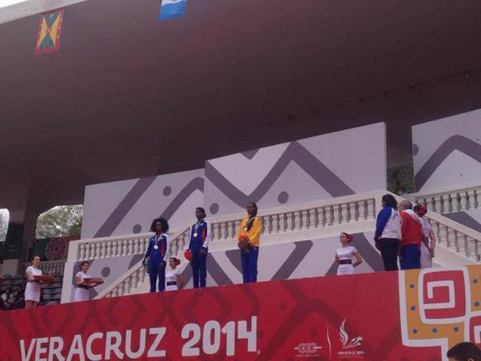 Oro y plata para Cuba en 400 metros (m) y (f) en Veracruz