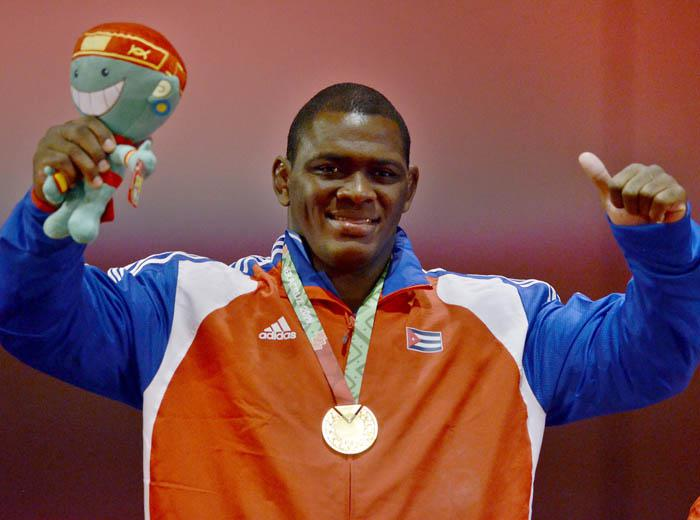 Dos medallas de Oro y un bronce para México en Lucha Femenil, en Grecorromana Mijaín López imbatible 2