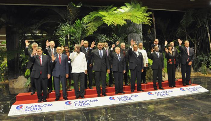Foto Oficial V Cumbre CARICOM CUBA celebrada en el Palacio de la Revolución