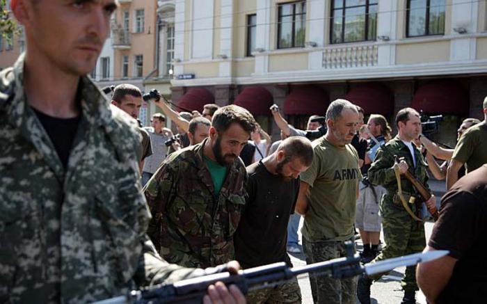 scambio di prigionieri in Donbass