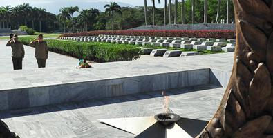 Tributo eterno de Raúl a nuestros héroes y mártires