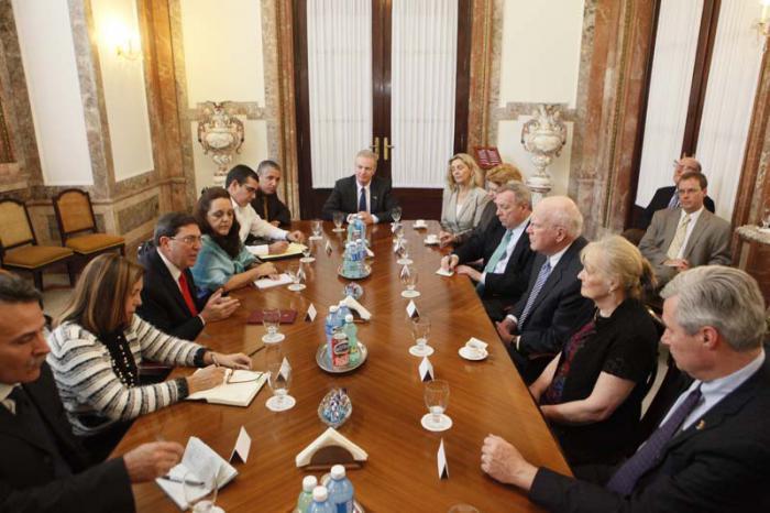 Recibió Canciller cubano a delegación de senadores y representantes del Congreso de los Estados Unidos
