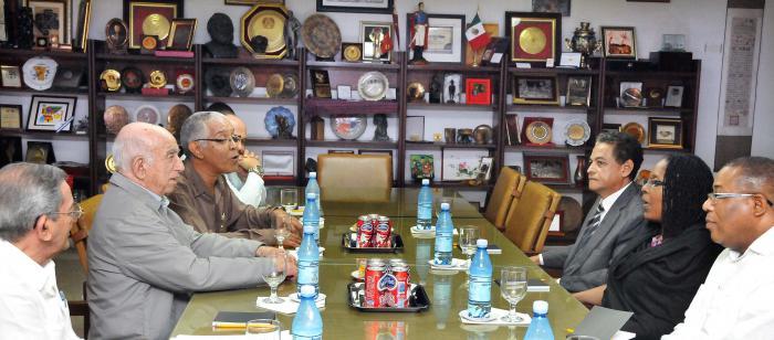 Recibe Machado Ventura a delegación de partido político de Jamaica