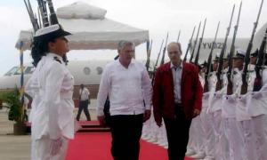 Llegó Vicepresidente cubano a Venezuela para homenajes a Chávez