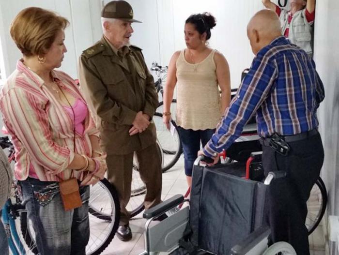 Incrementará Cuba producción de sillas de rueda