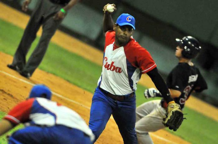 Tope beisbolero de Cuba con Estados Unidos será preparación para Toronto