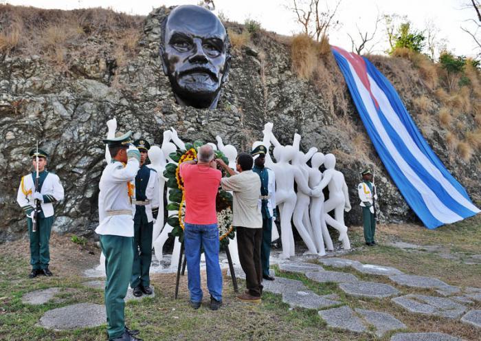 Trabajadores habaneros recuerdan a Lenin