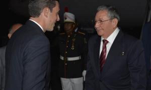 Raúl ya está en Panamá para VII Cumbre de las Américas