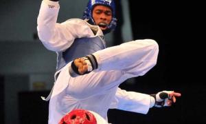 Oro en Taek Wo do centroamericano Rafael Alba - 87 contra Craing Braown de jamaica. x superioridad