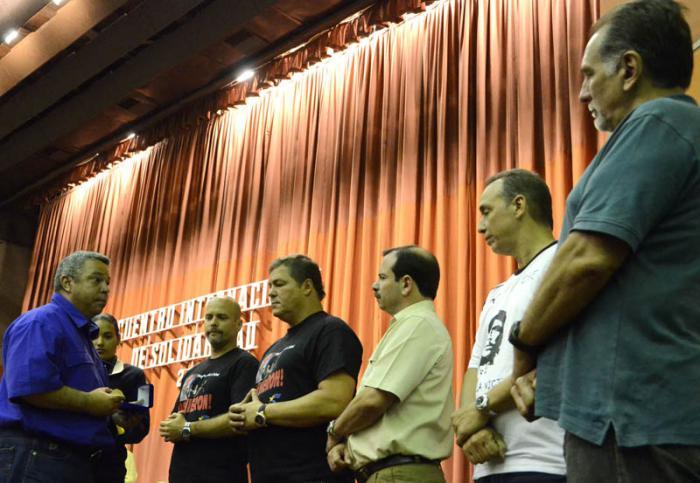 Los Cinco reciben sello Aniversario 75 de la CTC