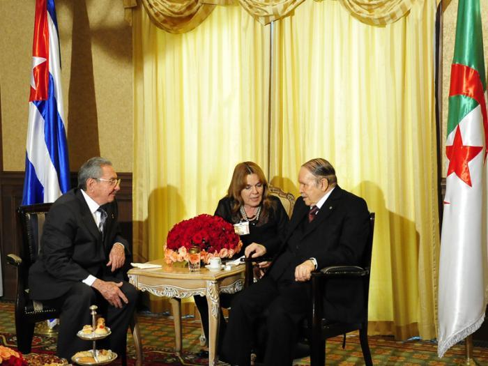 """Raúl: """"Estamos al lado de Argelia y la apoyamos"""""""