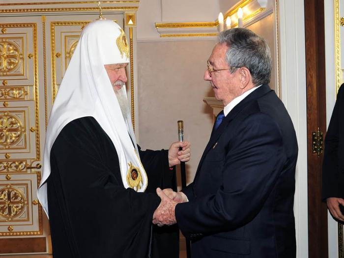 Destacan Raúl Castro y el Patriarca de la Iglesia Ortodoxa Rusa la hermandad entre sus pueblos