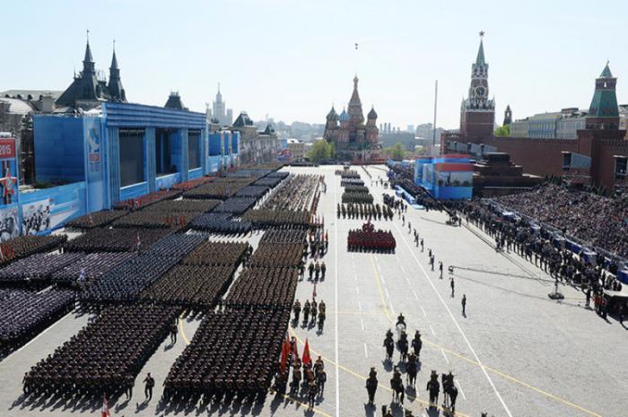 Raúl Castro y Nicolás Maduro conmemoraron en Rusia victoria sobre el fascismo