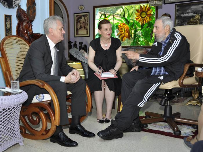 Visitó a Fidel el presidente serbio
