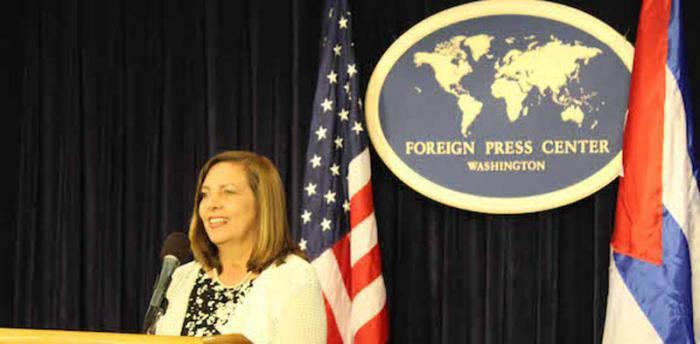 Josefina Vidal en conferencia de prensa en Washington, Estados Unidos