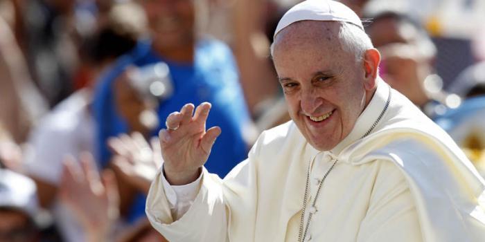 Editorial del diario Granma: Bienvenido Papa Francisco