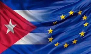 Banderas de Cuba y la Union Europea
