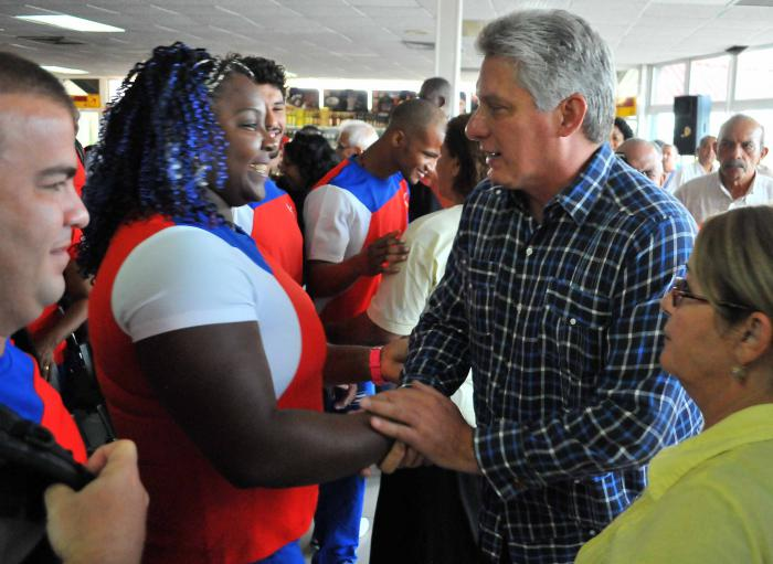 El primer vicepresidente cubano despidió a la delegación cubana