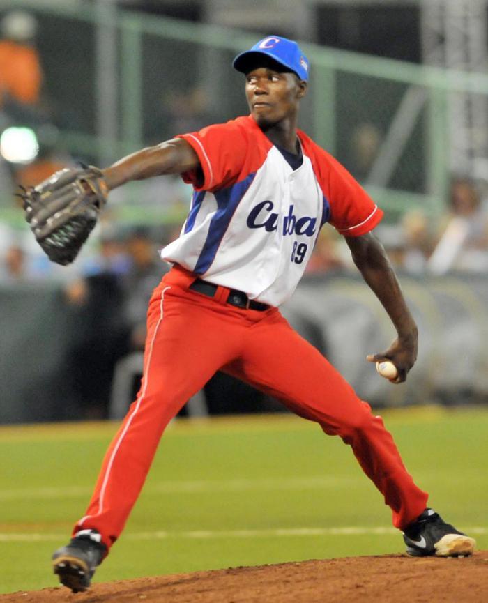 Comenzó pretemporada de Liga Japonesa de Béisbol con la presencia de cuatro cubanos