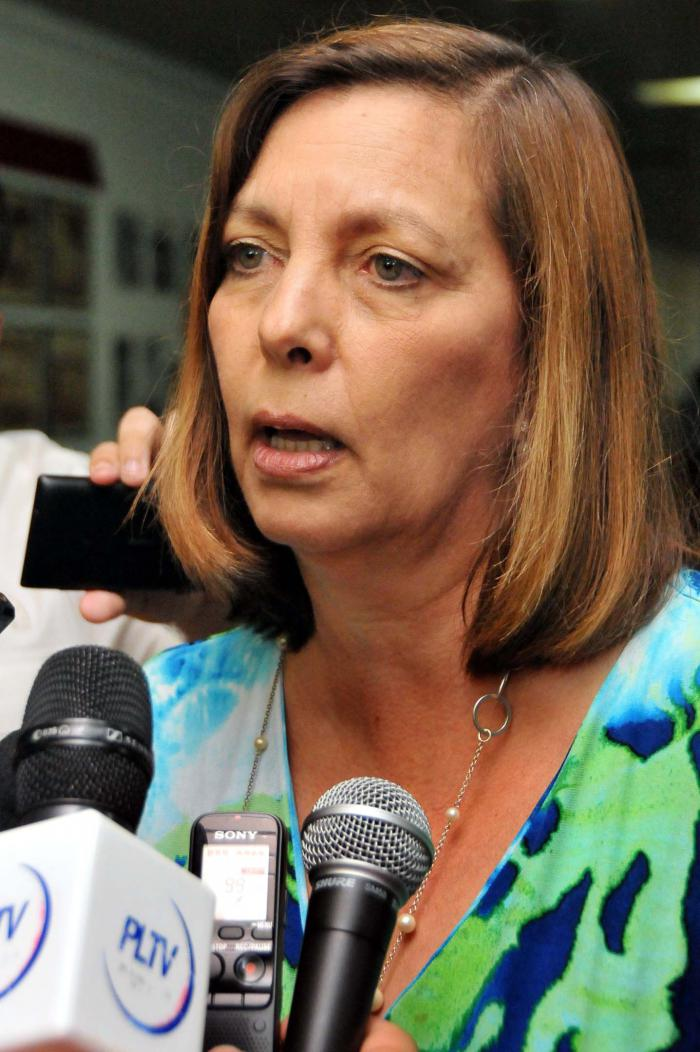Josefina Vidal Addresses Deputies on U.S.-Cuba Relations