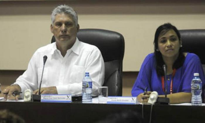 Díaz-Canel preside debates del X Congreso de la juventud cubana